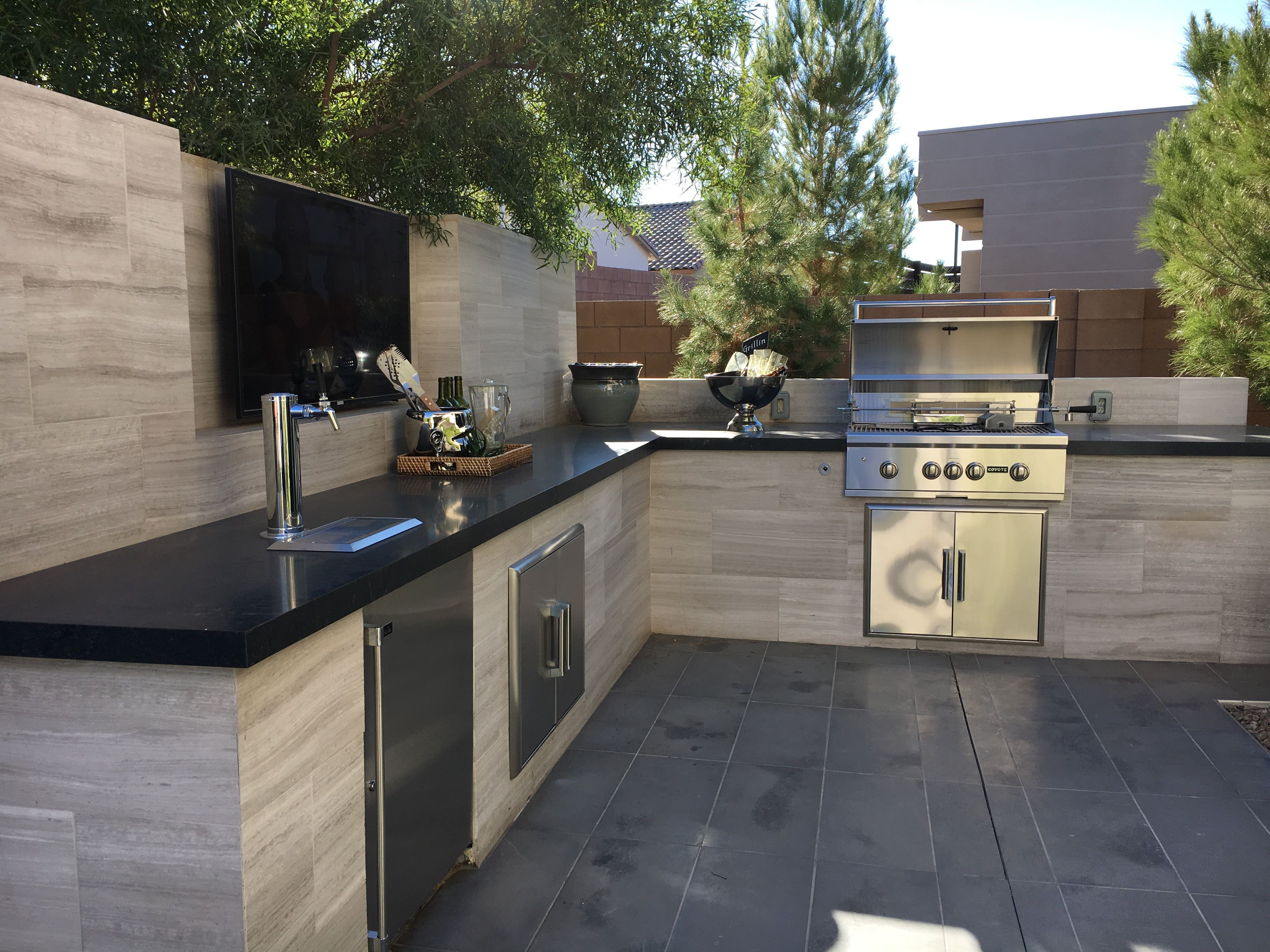Concept For Wall Attached To Back Galley Counter Materials Smooth Plaster Base Upper Stone Bric Outdoor Kitchen Outdoor Fireplace Designs Backyard Kitchen
