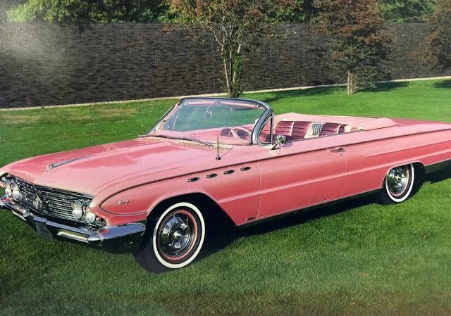 The Fabulous 1961 Buick Flamingo With Swiveling Passenger Seat ~ vintage everyda…