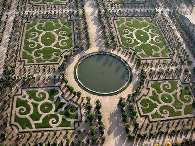 db5e24ed17bb0c0ba81ea283bc9ecb8e - Who Designed The Gardens Of Versailles