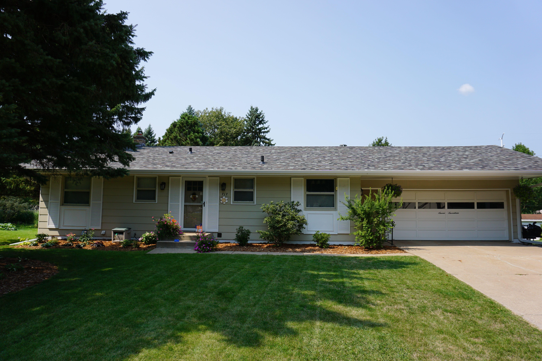Best Asphalt Shingle Roof In Roseville Mn Owens Corning 400 x 300