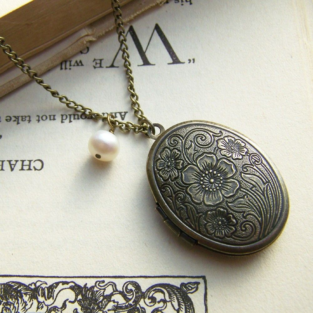I love lockets stardust locket pinterest locket necklace