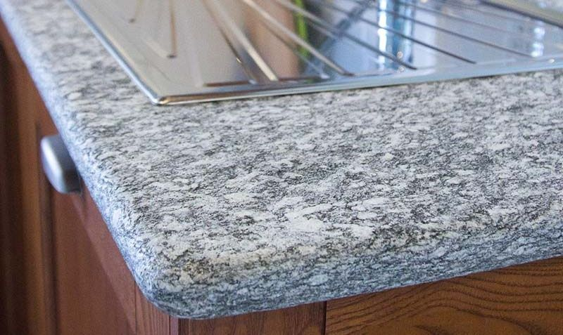 Sarizzo Granit Arbeitsplatten    wwwgranit-arbeitsplatten - arbeitsplatten granit küche