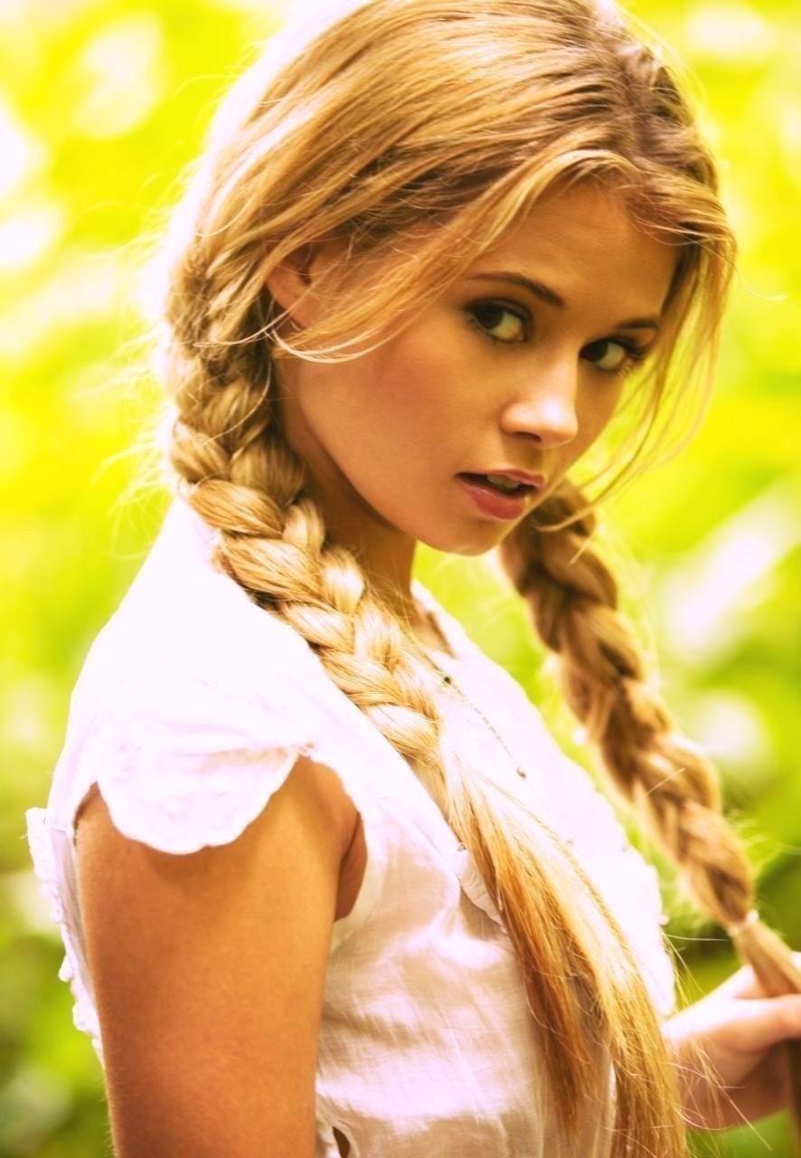 seksualnoy-foto-blondinka-s-kosoy