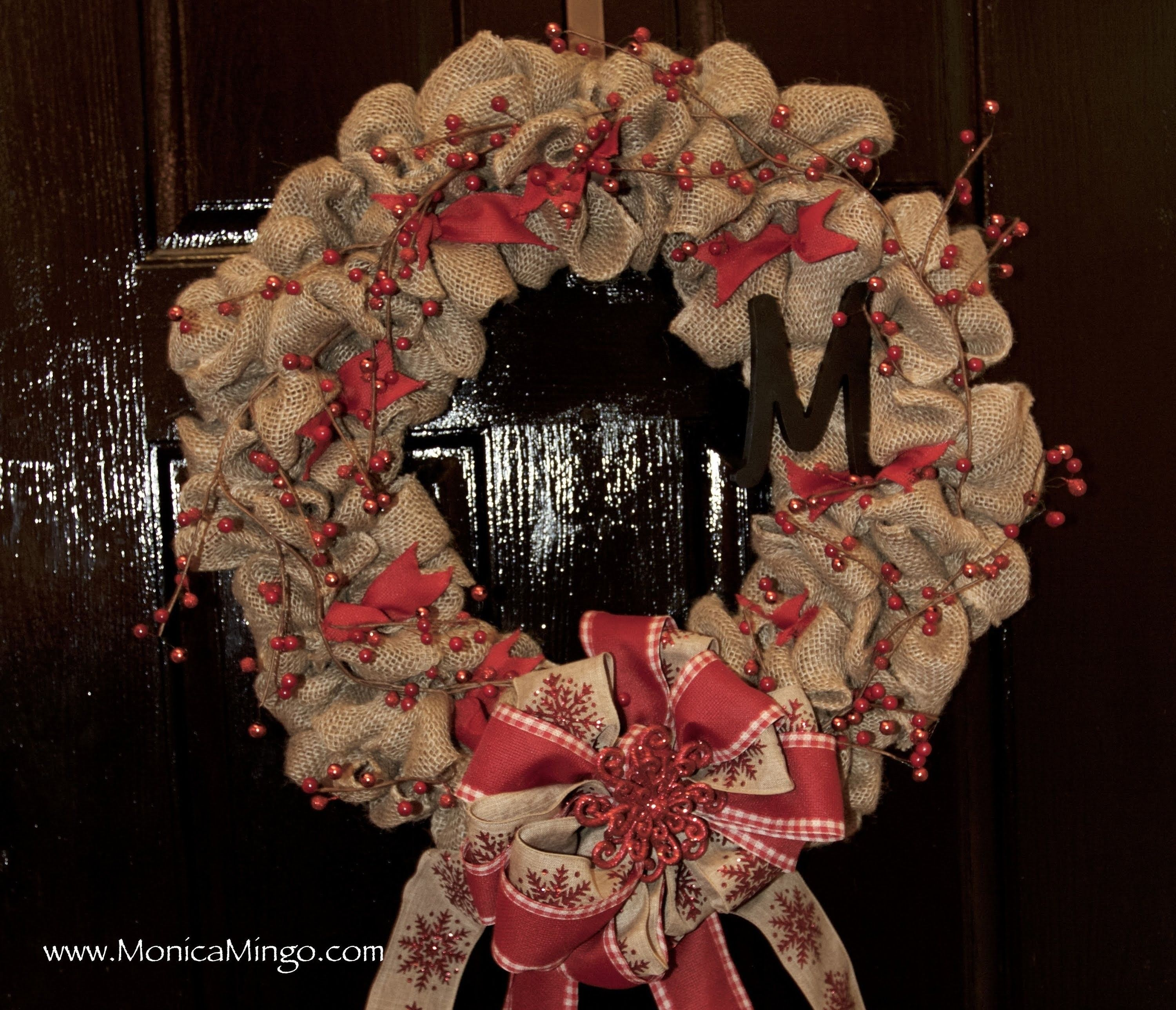 How to make a burlap wreath for christmas easy and Simple christmas wreaths