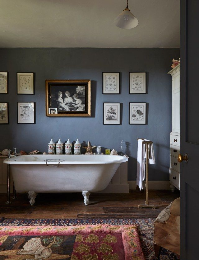 Kate Middleton S Favorite Designer Reveals How To Achieve Classic English Interiors Best Bathroom Designs English Interior Bathtub Design