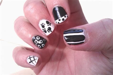 nail art for very short nails for beginners at home in