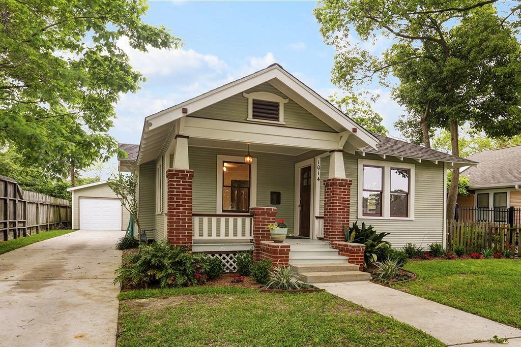 Image Result For Show Bungalow Style Houses Bungalow Style Bungalow Style House Bungalow
