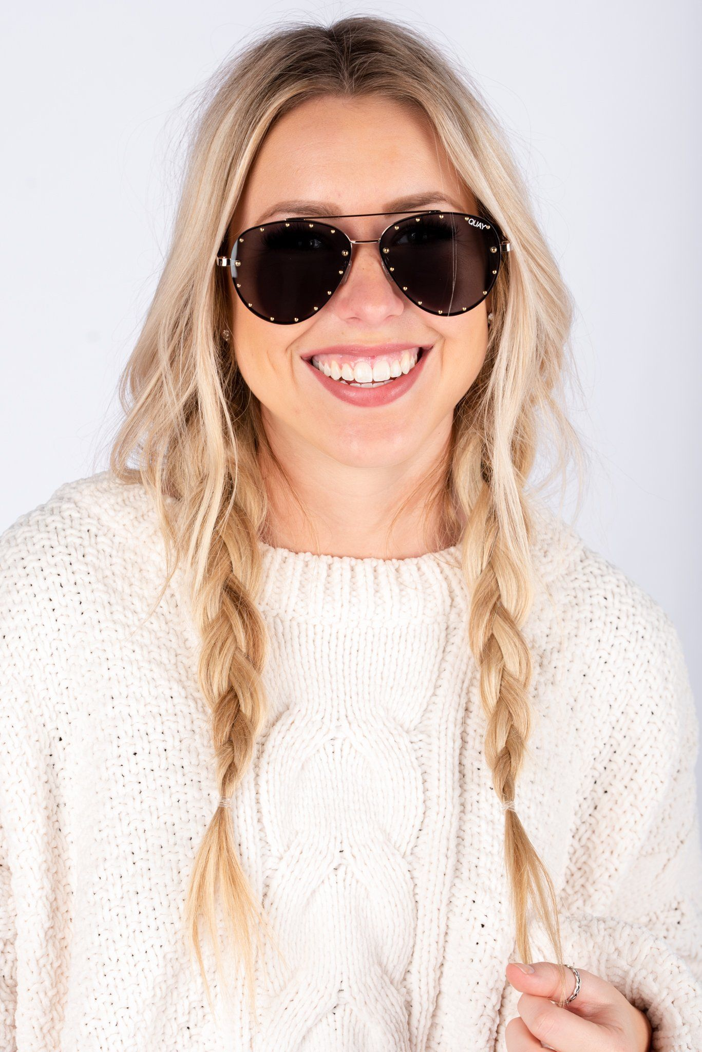 7881af531b308 Quay Roxanne sunglasses gold smoke in 2019