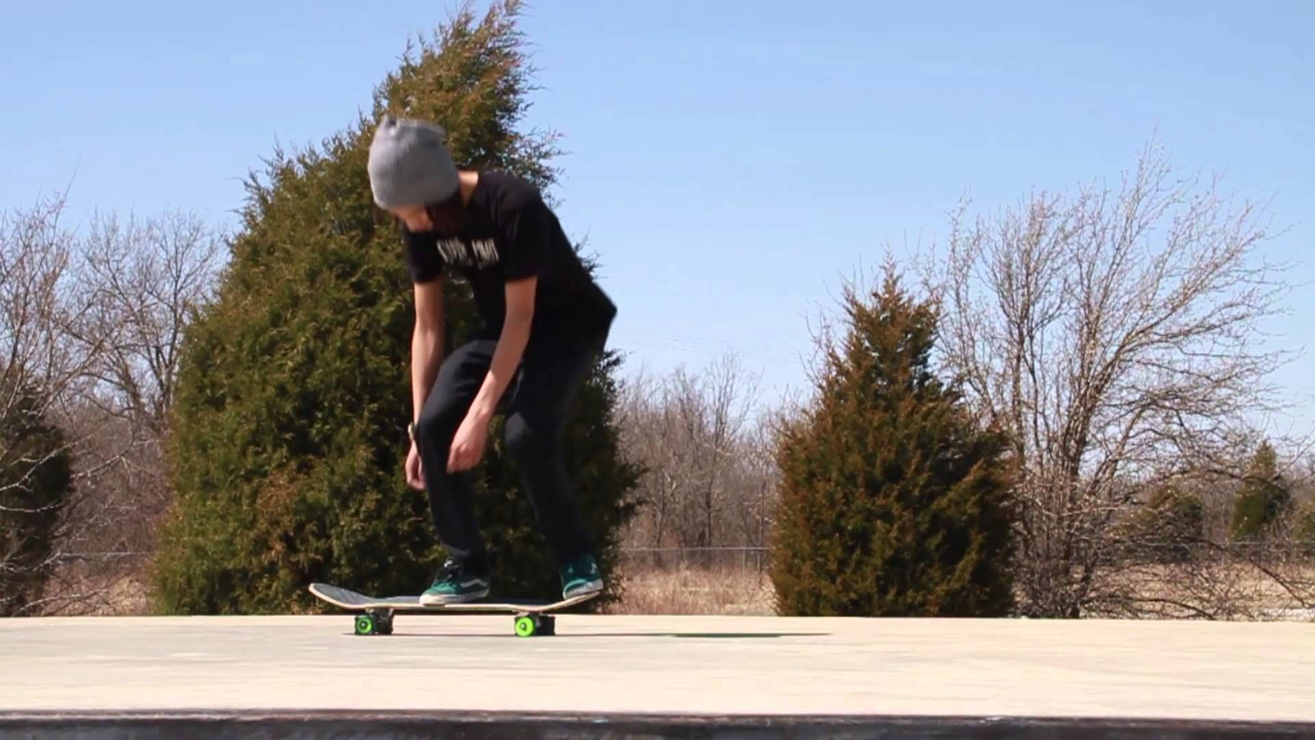 How To Heelflip The Easiest Way With Skatertrainer Part2 Skate Gif Skateboard Ollie