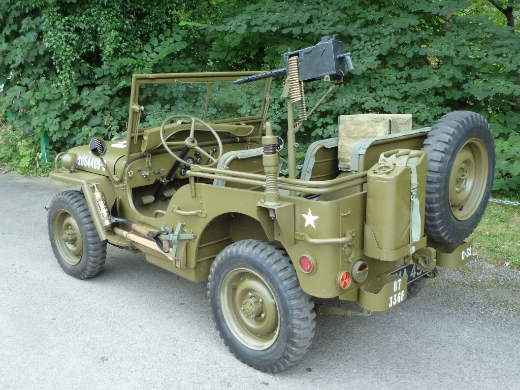 1942 willys mb photo submitted by andrew logaiskiy. Black Bedroom Furniture Sets. Home Design Ideas