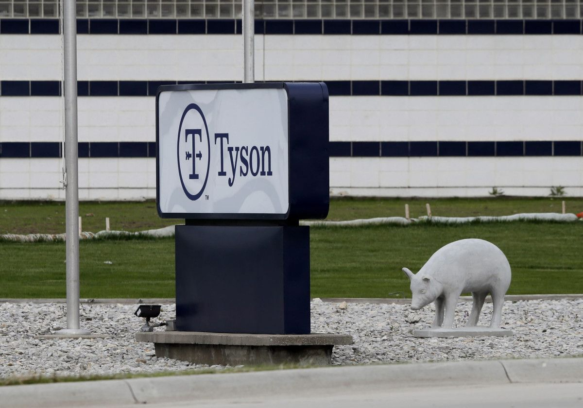 Tyson will reopen Waterloo plant where hundreds sickened