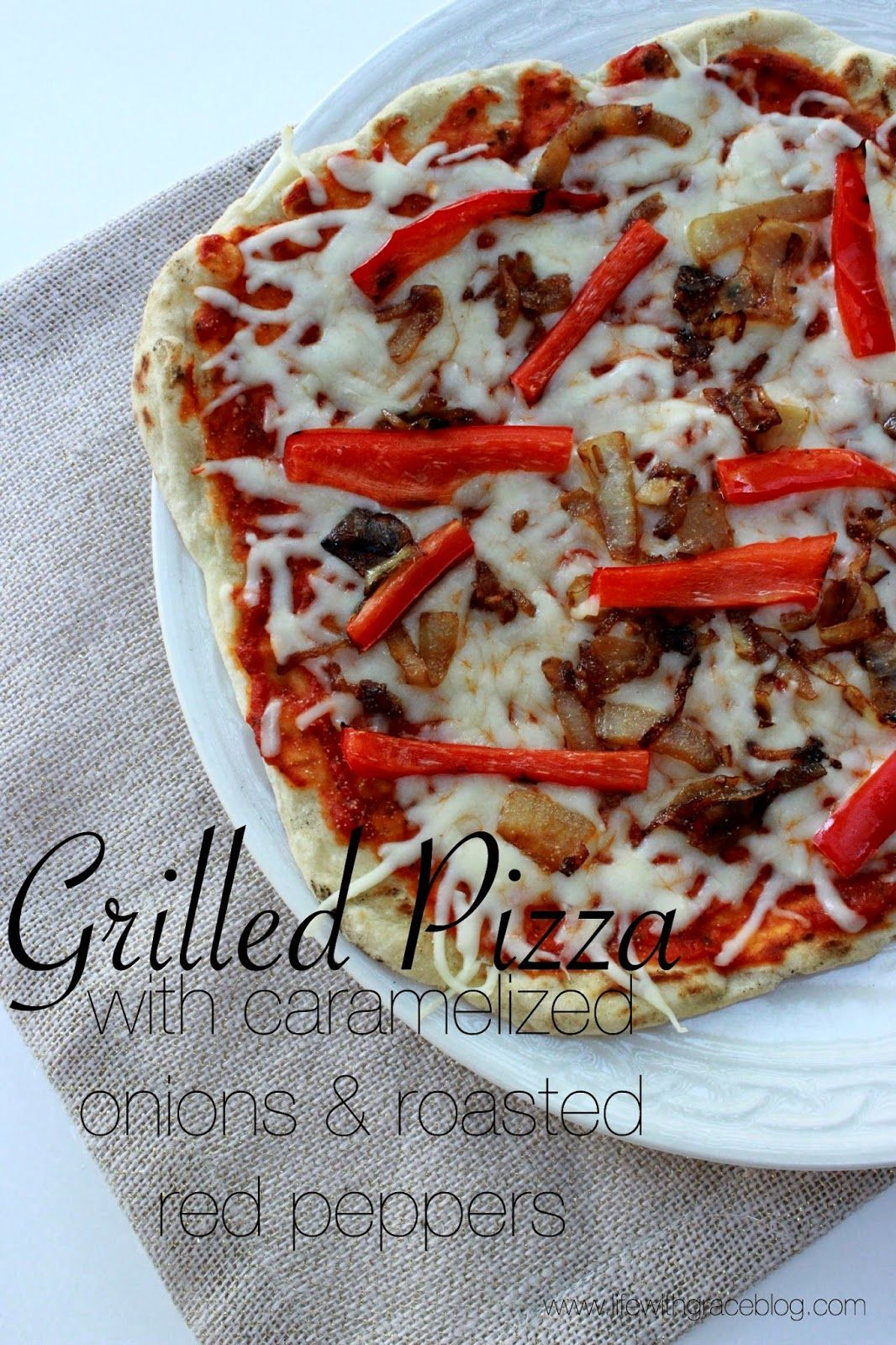 Grilled Pizza–such a yummy looking combo! I love making grilled pizza on my grill pan once it's too cold to grill outside. Thanks for the recipe @lfwithgraceblog!