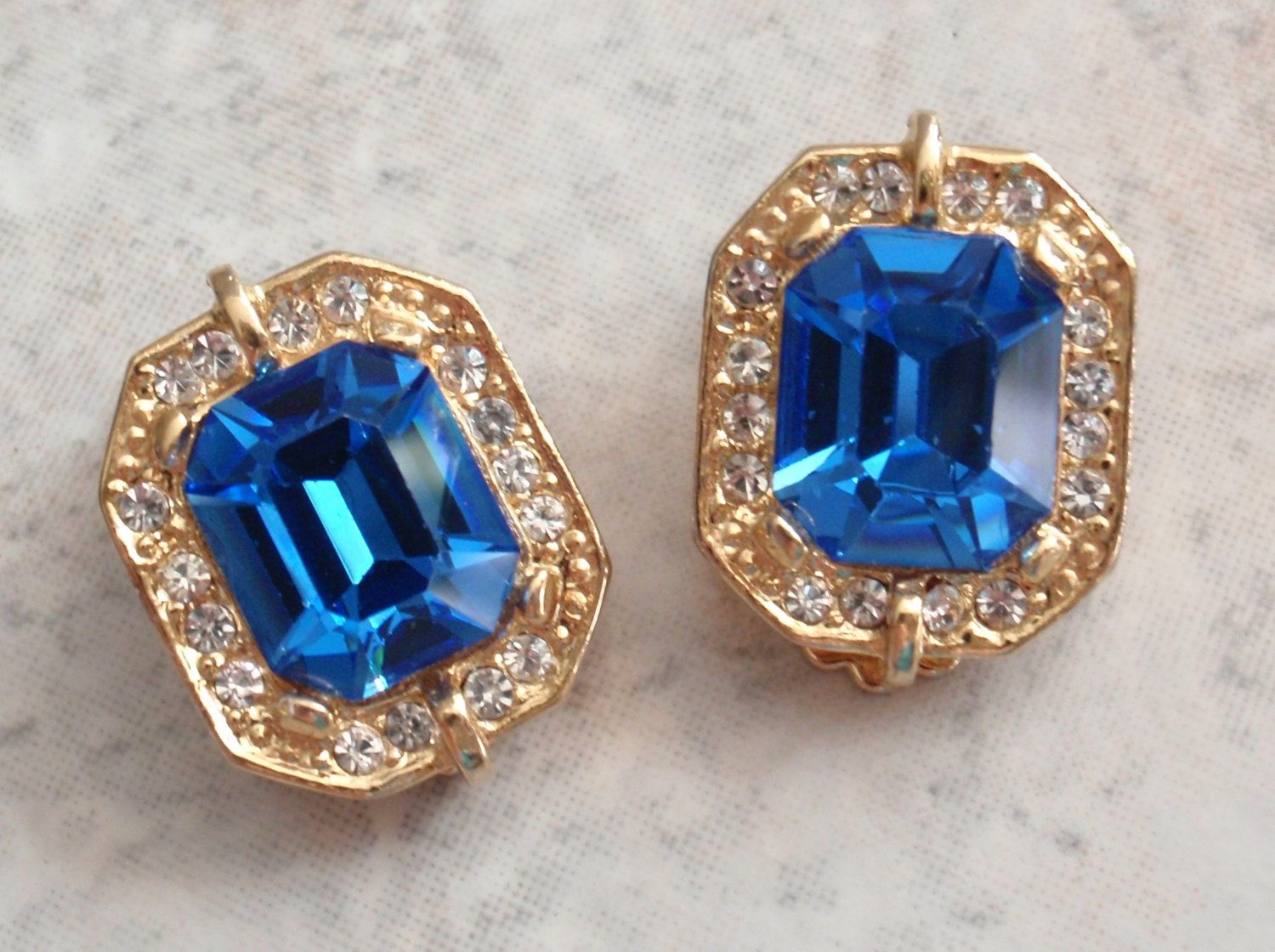 Blue Rhinestone Earrings Gold Tone Clips Square Vintage V0588 By  Cutterstone On Etsy