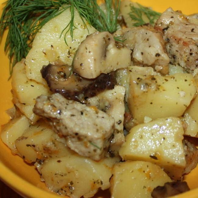 Жаркое с мясом и грибами в мультиварке | Еда, Вкусняшки