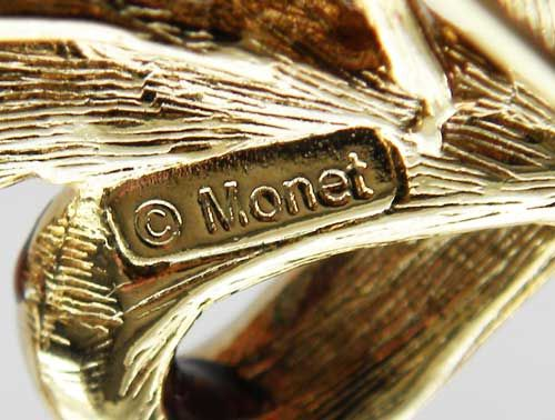 Is Monet Jewelry Real >> Monet Signature Mark On A Beautiful Modern Flower Brooch