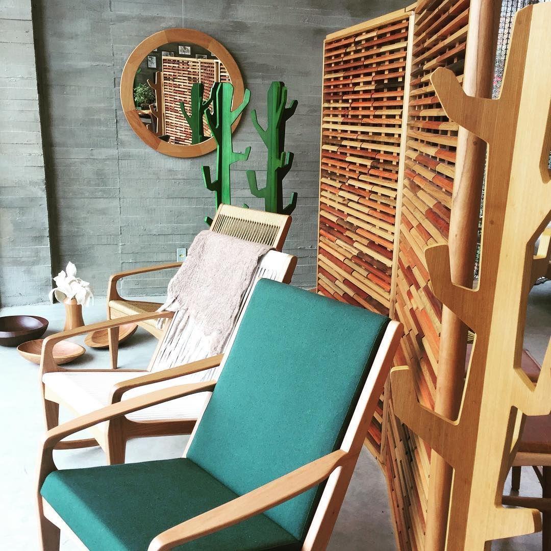 📷 @aristeupiresdesign Bathing in Brazilian sun Gisele lounge chairs ...