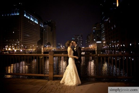 downtown night wedding | Downtown Chicago Night Wedding Photography