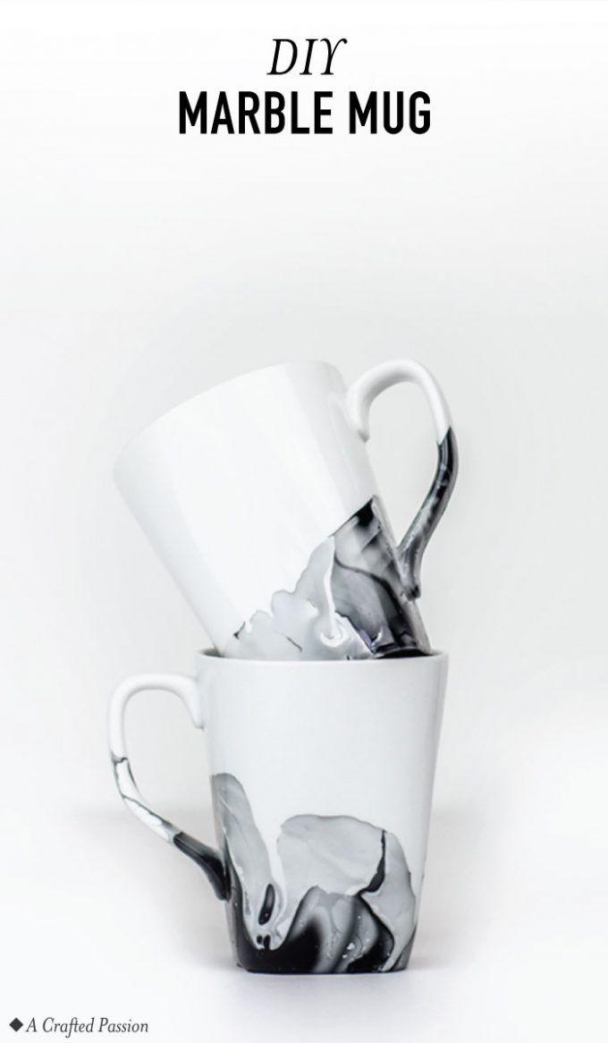 DIY Marble Mugs using Nail Polish #coffeecups