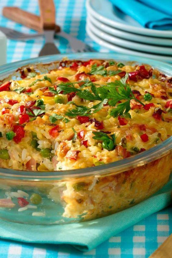Ruckzuck im Ofen: Reisauflauf mit Schinken & Erbsen