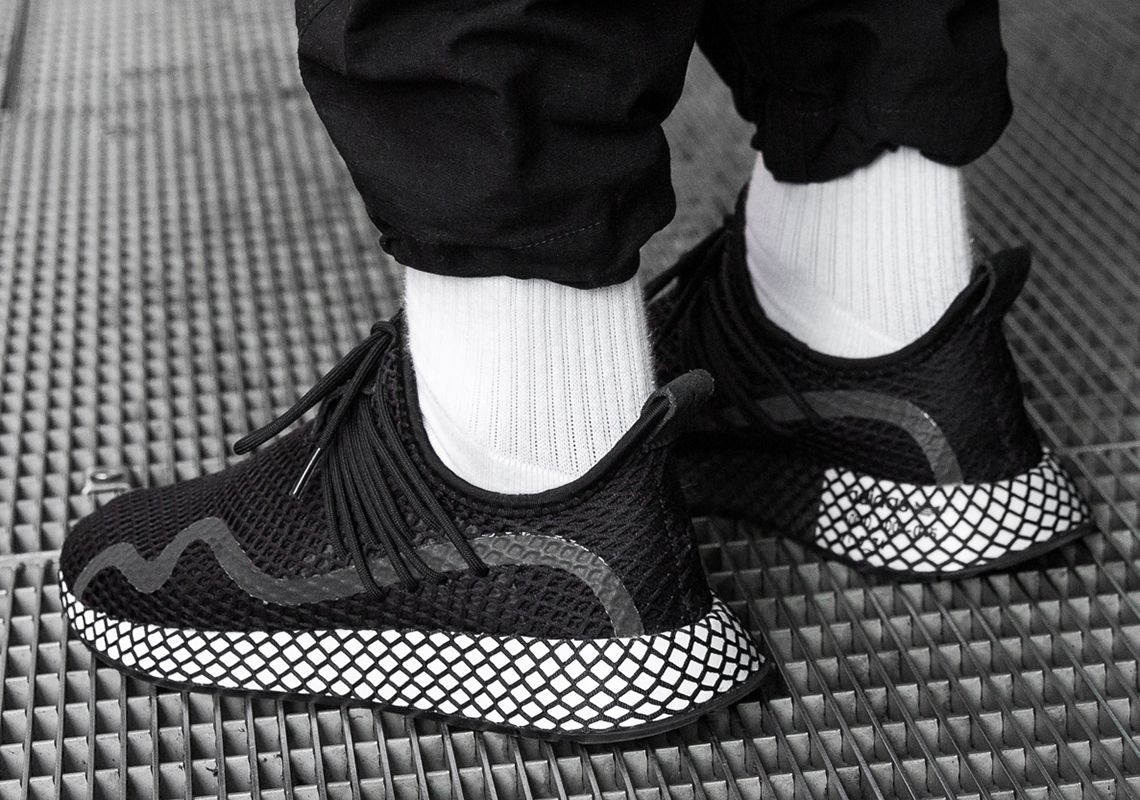 adidas Deerupt S Black White BD7875 + BD7879 Info