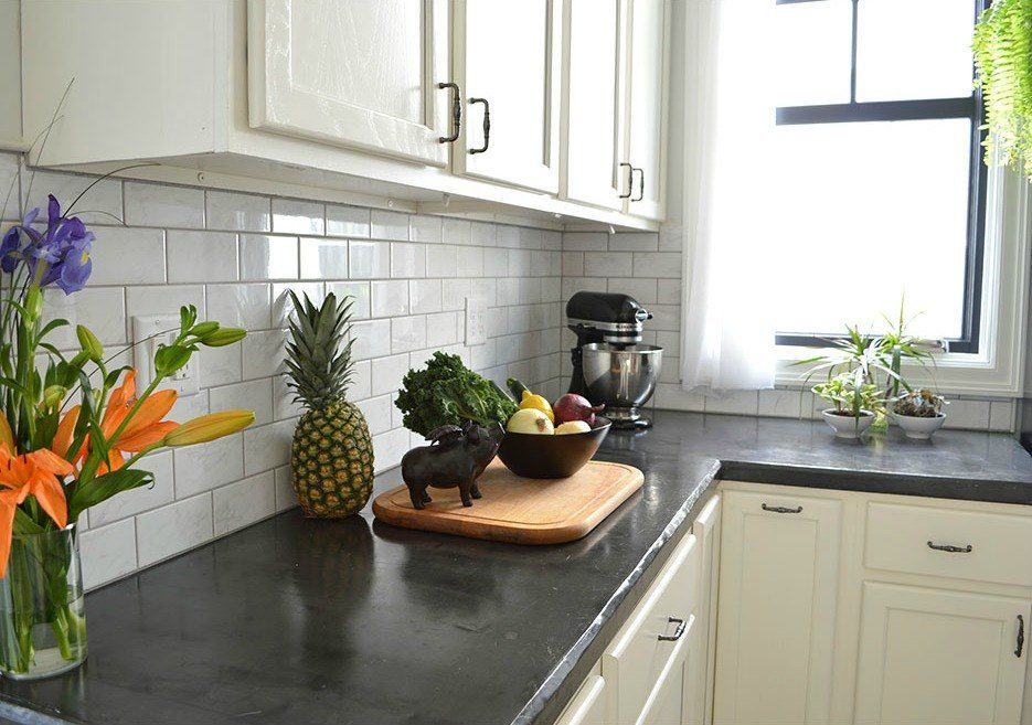 Transform your kitchen with a new countertop look! #diy #diyhomedecor #kitchen