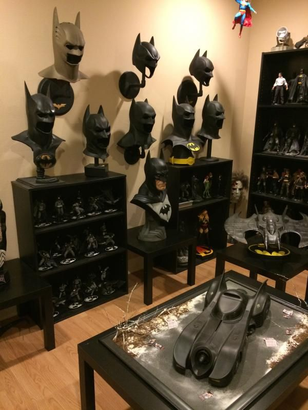 show your entire batman collection page 688 geekside d