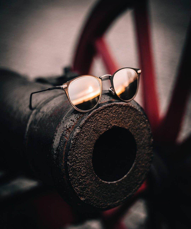 54129d34ec9 Avo Oval Full Metal Frame Retro Sunglasses