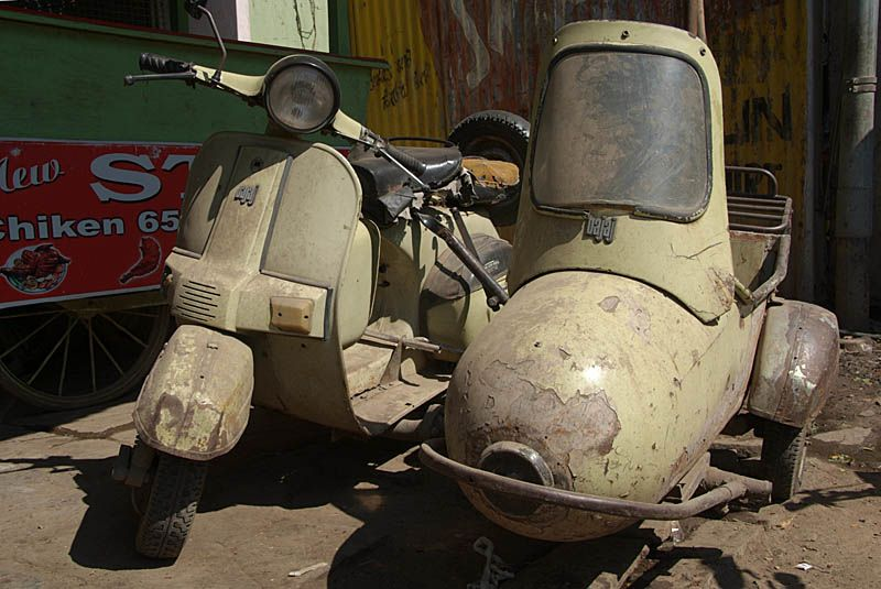 Old Moped And Sidecar With Images Scooter Bike Vespa