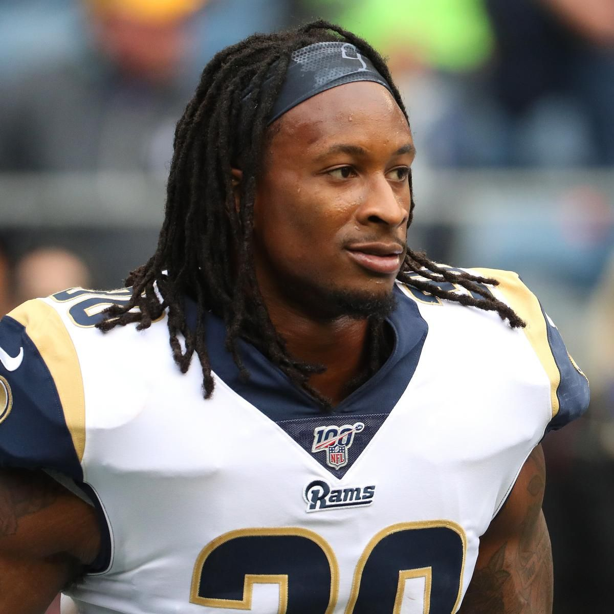 Look Rams Todd Gurley Mocks Ncaa With Not Concerned About Athletes Shirt Todd Gurley Athlete Mocking