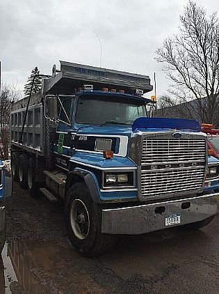 1995 ford ltl 9000 triaxles dump truck for sale in ny
