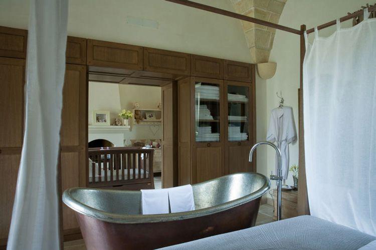 bathroom connecting bedrooms | Decor | Pinterest | Bedrooms ...