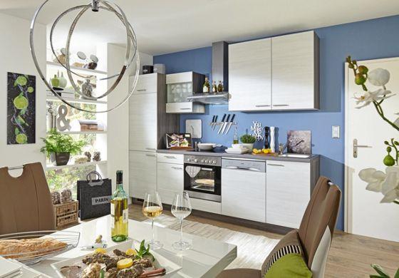 Schicker Küchenblock in Eiche Weiß - ein Ort zum Wohlfühlen