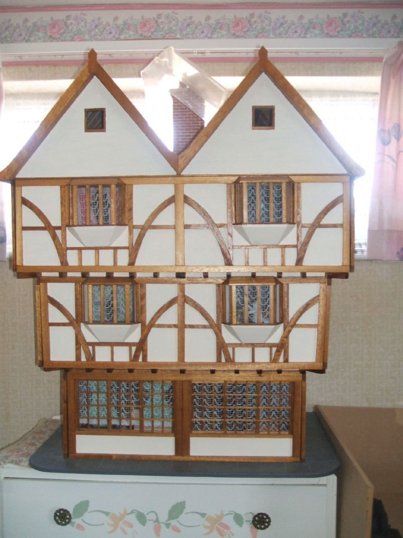 For Sale   Beautful Craftsman Built 1/12 Scale Tudor Dolls House Complete  With Contents   The Dolls House Exchange