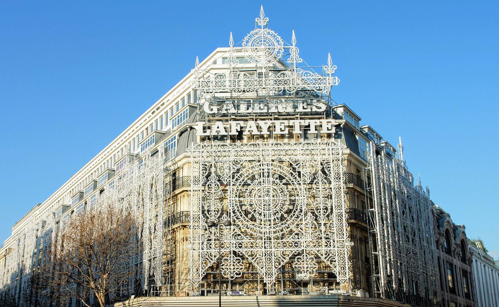 Galeries Lafayette Paris Haussmann Exterior Modlar Com Lafayette Paris Galeries Lafayette Exterior