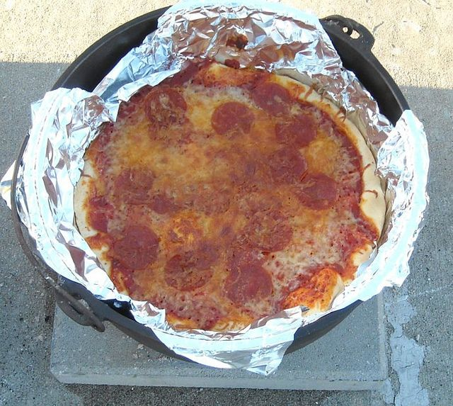 dutch oven pizza by vickivictoria, via Flickr