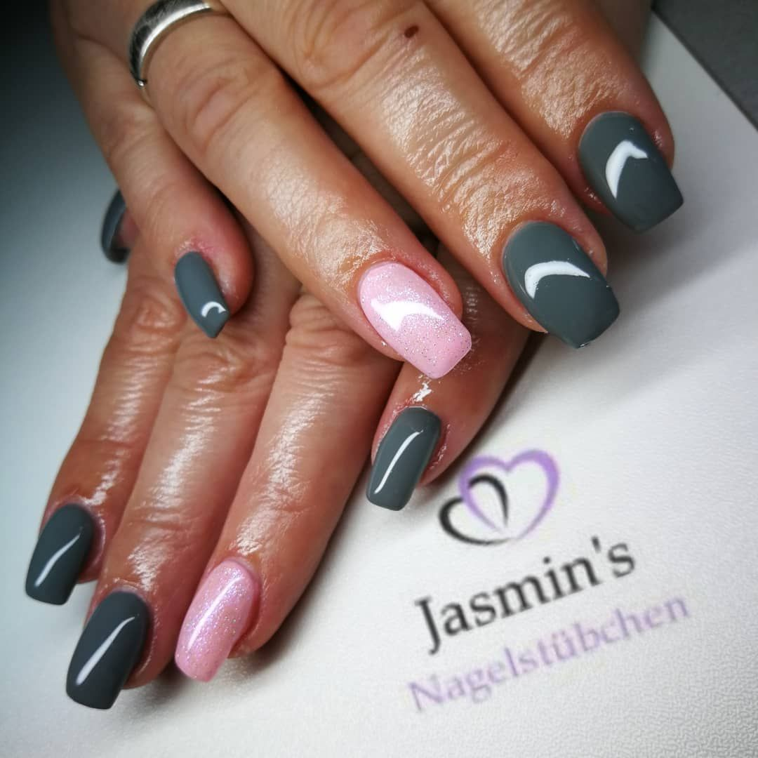 Nails Gelnagel Altrosa Glitzer Grau Eckig Dezent Naildesign Naildesigns Nailart Nageldesign Nagelstudio Nageldesignerin Jasmins Nage Nails Beauty