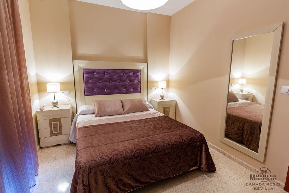 Dormitorio de matrimonio en color blanco roto o beige y - Color blanco roto ...