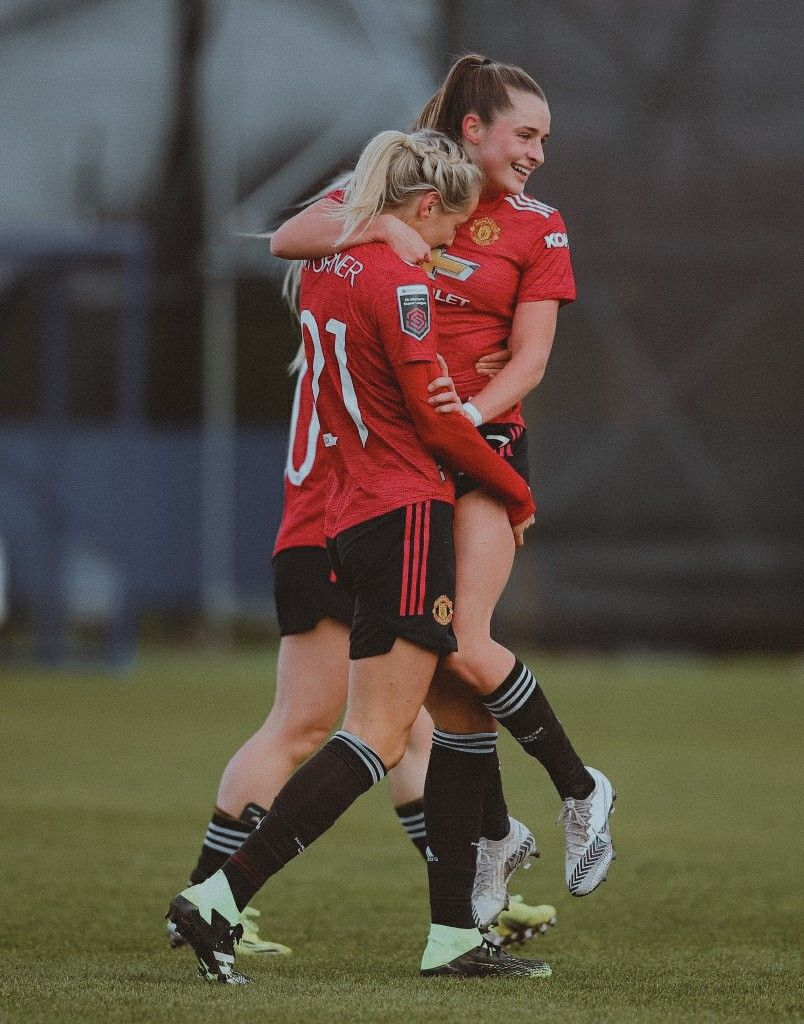 Millie Turner Ella Toone Manchester United Women Against Everton Women In 2021 Womens Football Football Motivation Everton