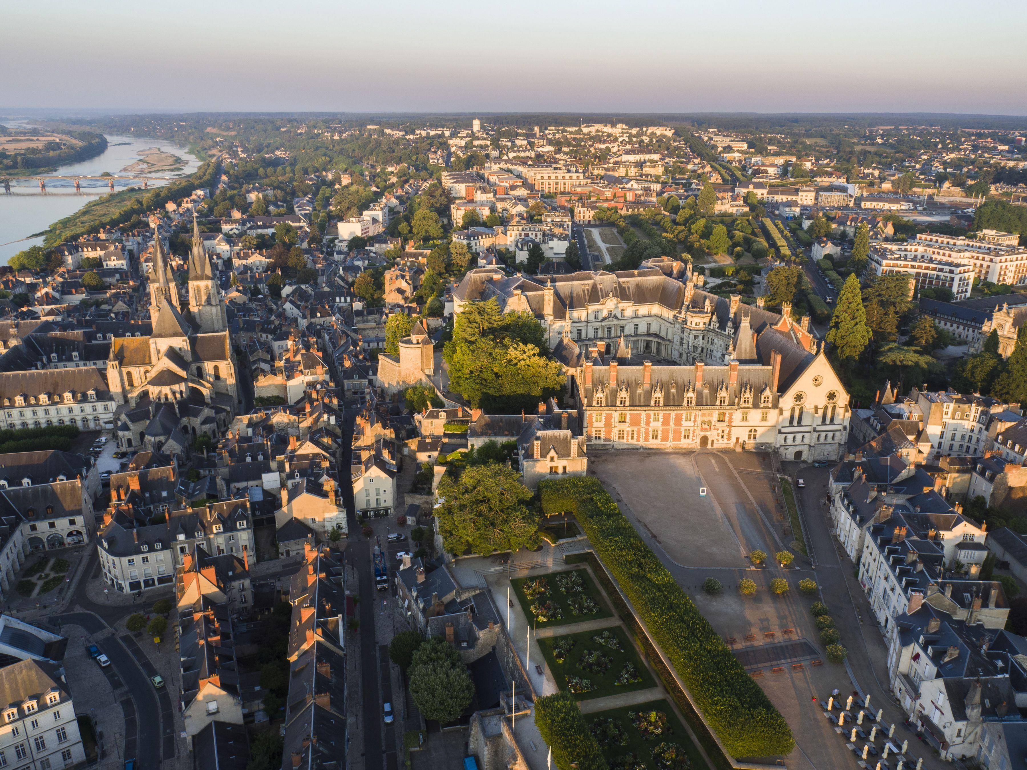 Chateau Royal De Blois Renaissance Et Cour Des Rois De France