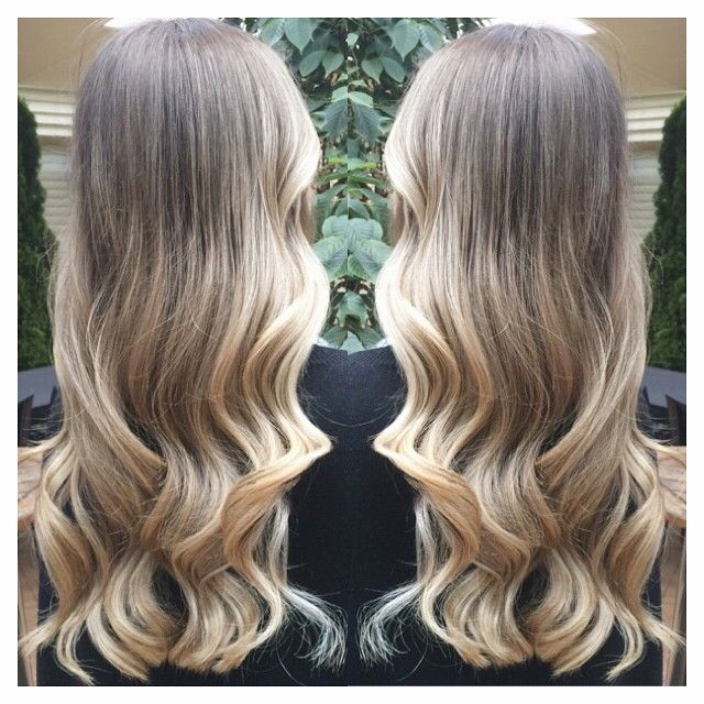 In love with @juliaiaquinto fresh balayage ❤️ ** Julia's base colour is natural, natural bases will never appear the same as an artificial colour. Please keep in mind if using this as a reference pic  #balayage #highlights #redkencolour #redkenready #wavyhair #melbournehairdresser
