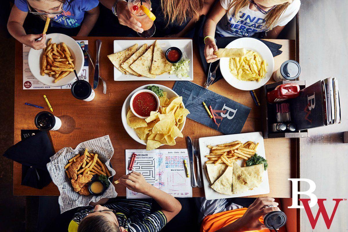 Bigwhiskeysamericanrestaurant bar drinks las vegas
