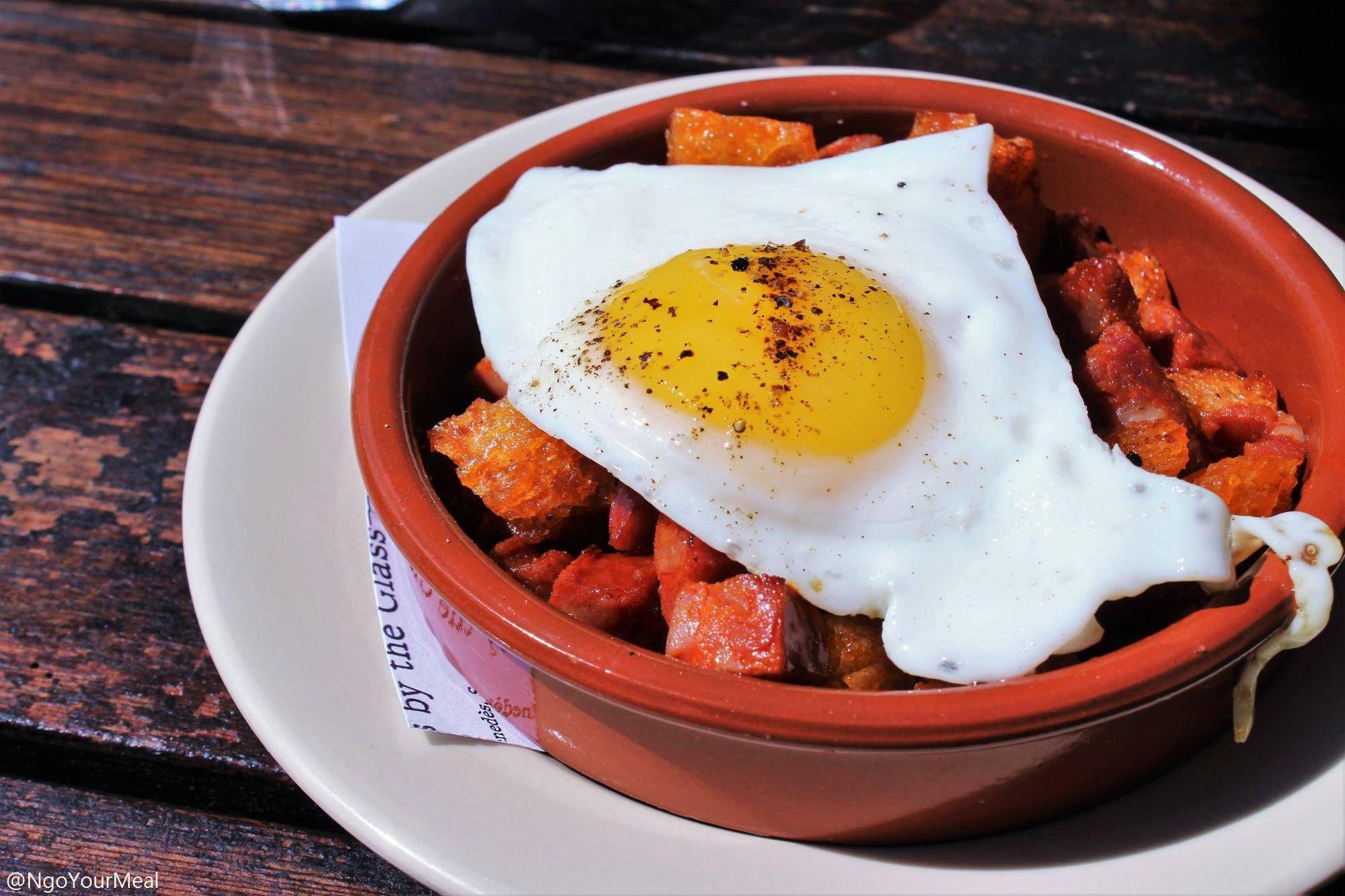 Migas Chorizo With Fried Egg At Barcelona Wine Bar In Boston Barcelona Wine Bar Meals Food
