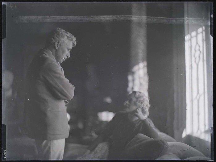 Charlie Chaplin and Marion Davies, Hearst Ranch, San Simeon, California
