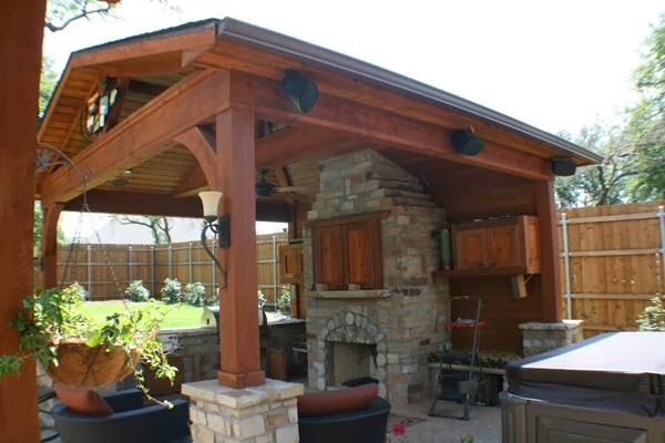Covered patio with fireplace free standing patio cover for Free patio cover blueprints