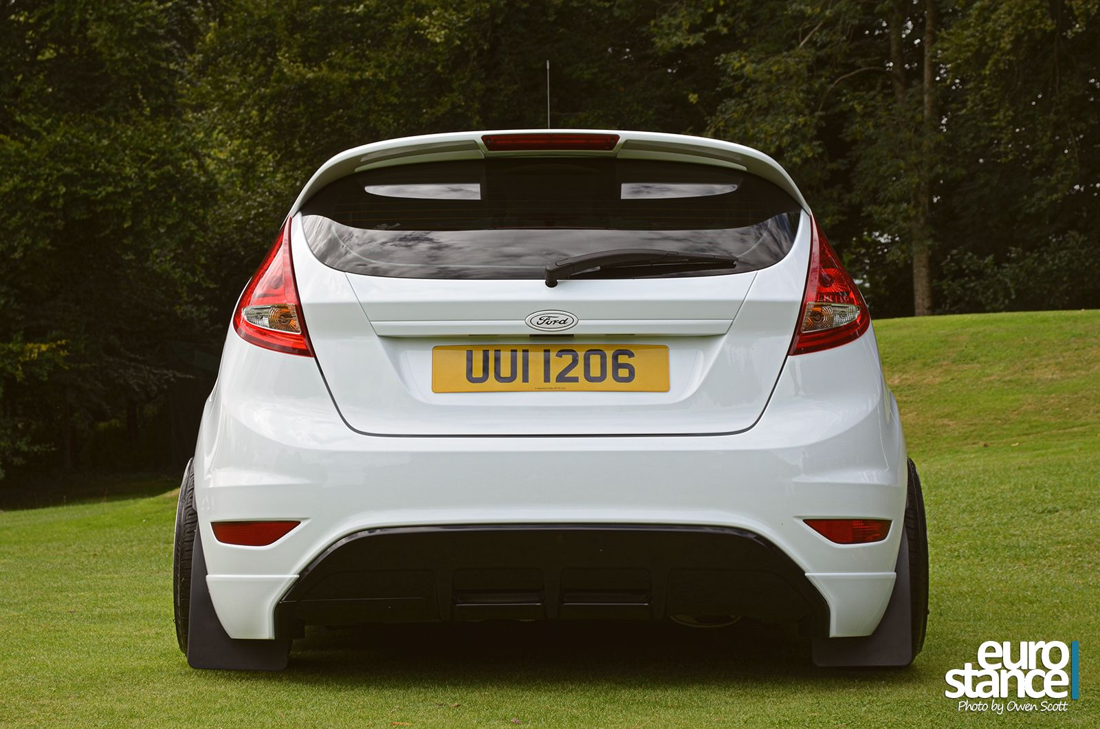 stephen chambers mk7 ford fiesta on hydraulics stance. Black Bedroom Furniture Sets. Home Design Ideas