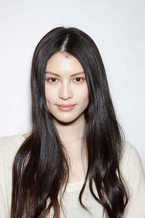 Black Hair And Brown Eyes Dengan Gambar Gadis Cantik Wanita Kecantikan