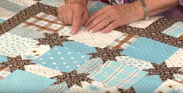 How To Make Star Sashing Quilting Digest Quilting Designs How To Make Stars Quilts