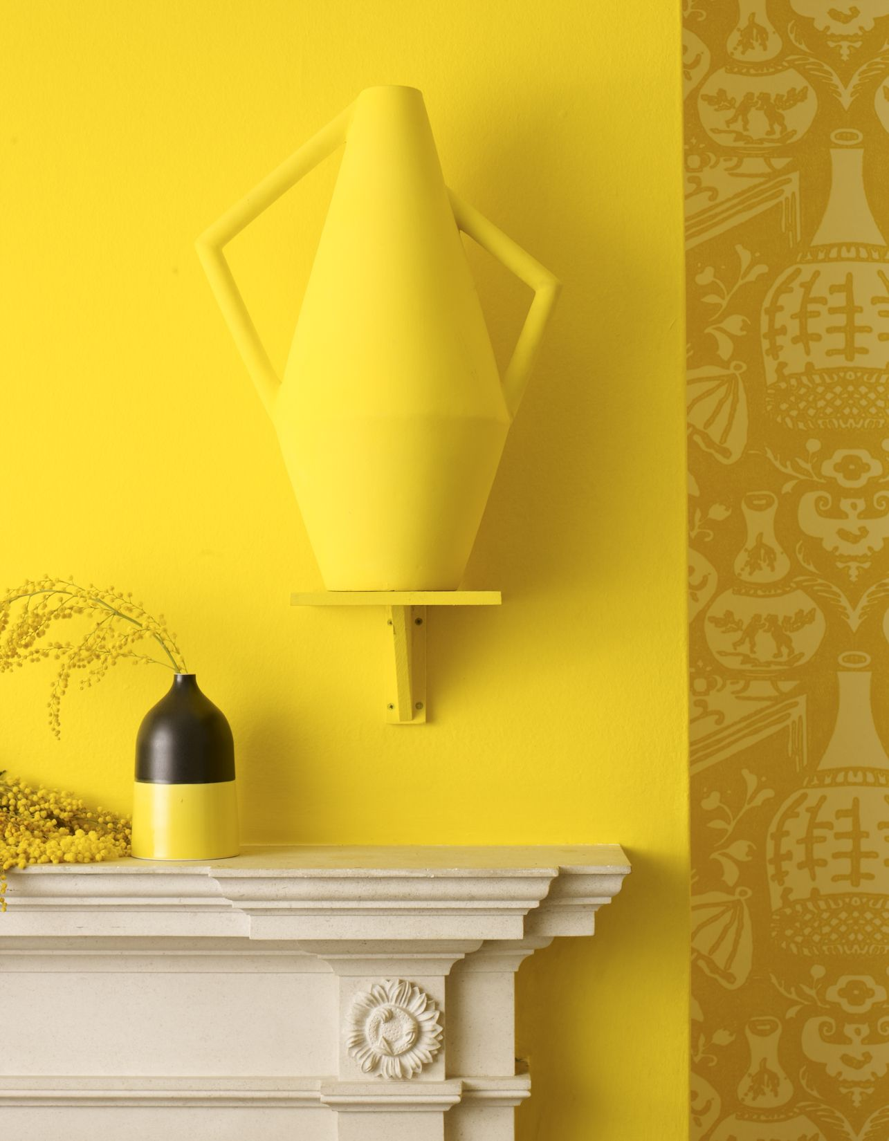 Yellow wall | Bright | Modern vase | Patterned wallpaper ...
