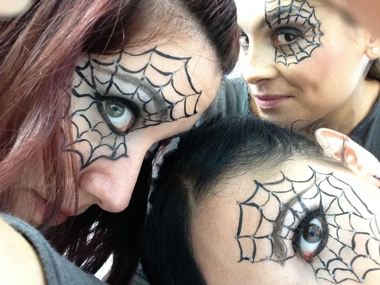 Tela de araña: #maquillaje #Halloween #inspiración