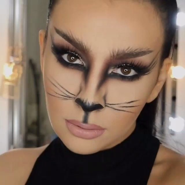 Ladies this is an awesome halloween tutorial Seems pretty simple - cat halloween makeup ideas